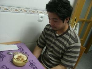 Hideo y su primer arroz con leche